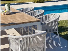 Barcelona Table with Gizella Chairs 9pc Outdoor Dining Setting