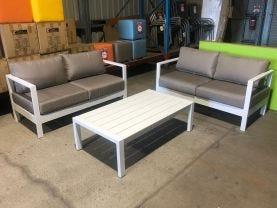 Outdoor Bar Setting
