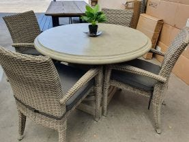 FLOOR MODEL- Column table with Rosseau Chairs 5pc Outdoor Dining Setting