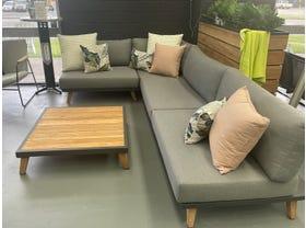FLOOR MODEL- Sorrento 4pc Outdoor Lounge Setting