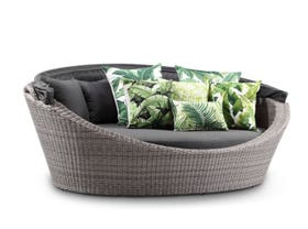 Naxxos Wicker Daybed
