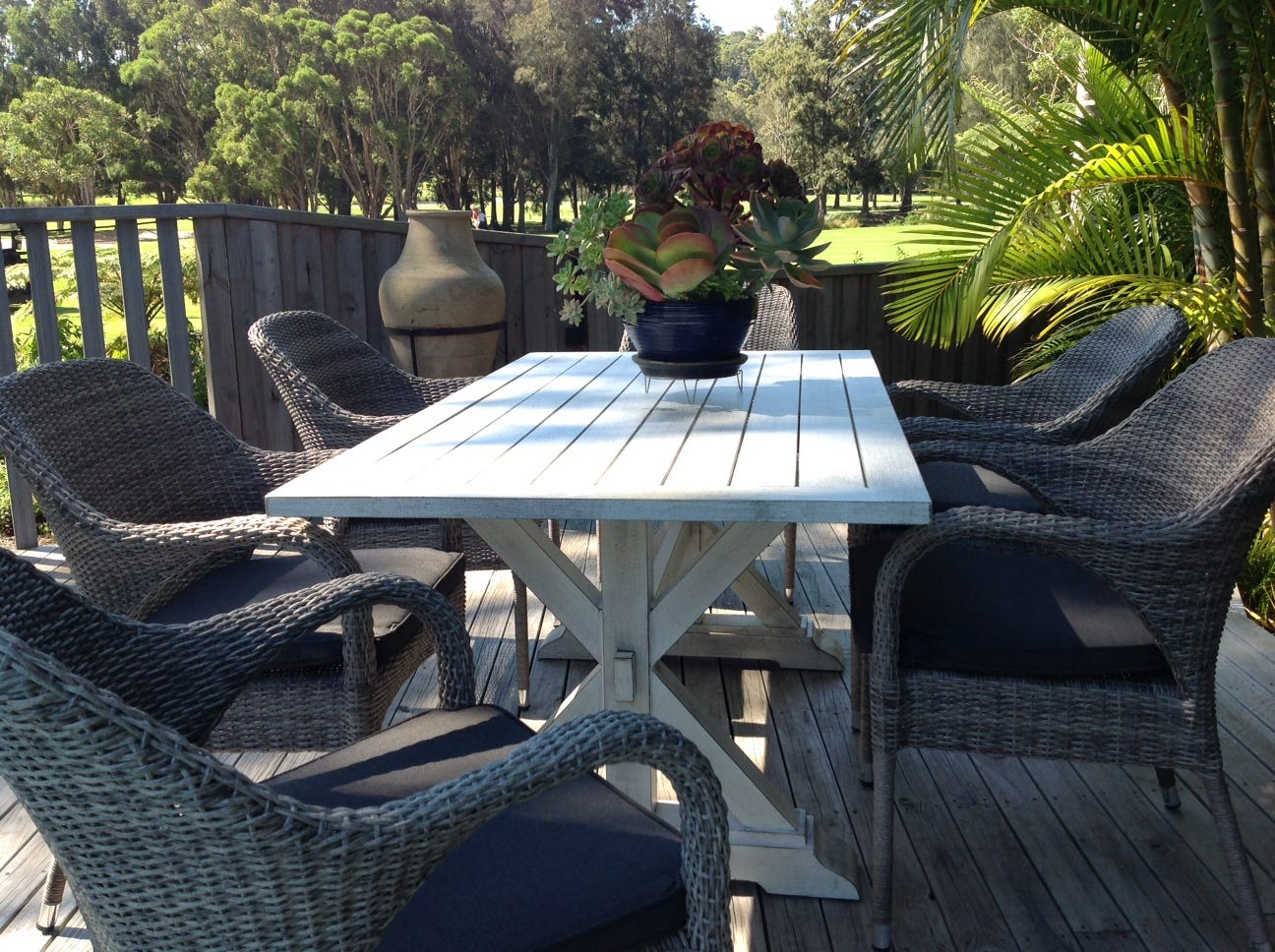 is this the best outdoor table in australia