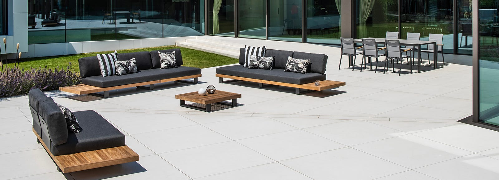 Outdoor Elegance About Us